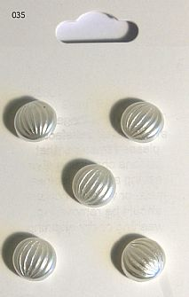 Pearl Effect Domed Buttons 035