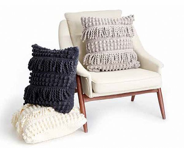 Bernat Bobble & Fringe Crochet Cushion Cover in Bernat Blanket yarn